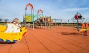 Jeux d'extérieur en acier et bois pour enfants - Large gamme de jeux d'extérieur en acier et en bois