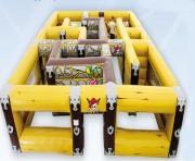 Labyrinthe pour enfant jeu gonflable d'extérieur - Dimensions sol (m) 7,9 x 7,9 x H 1,85