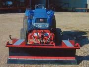 Lame Micro Tracteur type: LMT 16-50 - Poids: 180 Kg