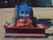 Lame Micro Tracteur type: LMT 24-50 - Poids: 260 Kg