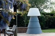 Lampadaire polyéthylène 100% recyclable - Usage intérieur ou extérieur