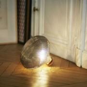 Lampe à poser à verre fumée - Matériaux : Verre et liège