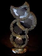 Lampe artisanale décorative - Fabrication de lampes à partir de divers objets chinés