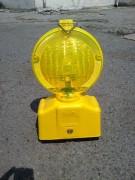 Lampe de signalisation à piles - Visibilité : 20 m