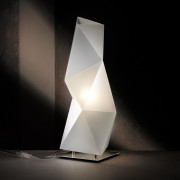 Lampe de Table Diamond Small SLAMP - Lampe de Table Diamond Small SLAMP a un design moderne qui se distingue par sa structure dynamique et contemporaine