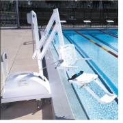 Lève handicapé de piscine amovible - Capacité : 135 kg