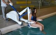 Lève personne pour piscine
