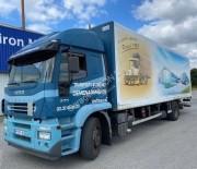 Location camion fourgon de déménagement Iveco occasion - Puissance : 270 CV, charge utile : 8,12 tonnes