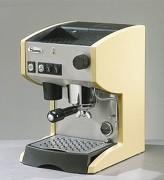 Machine à café expresso - Capacité : 16 Bars
