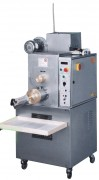Machine à pâtes avec double cuve - Production : 50 kg/h - capacité cuve de pétrissage : 6 +8 kg