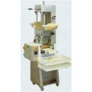 Machine à pates et raviolis - Capacité de production: 80 kg/h - Raviolis en plaque ou détaché