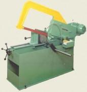 Machine à scier à mors inclinables