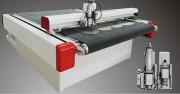Machine de découpe industrielle - Longuer et largeur: de 800 à 3200 mm