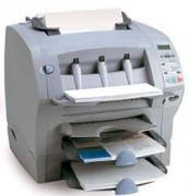 Machine mise sous enveloppes - Productivité : Jusqu'à 900 plis / heure