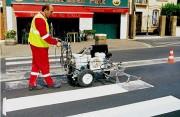 Machine poussée marquage routier - Essence et/ou électrique 24 V ou 220 V