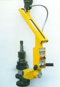 Manipulateur arbres moteur pour automobile