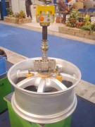 Manipulateur roues pour automobile