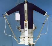 Mannequin de repassage automatique - Tension triphasée : 220 - 380 V - Surchauffeur vapeur : 1000 W