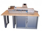 Meuble support machine d'affranchissement courrier - Résistance aux charges