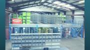 Mezzanine de stockage métallique - Poutres porteuses supportant les poutres secondaires