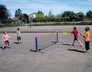 Mini badminton pliable - Dimensions : long. 3,10 x haut. 1,50m.