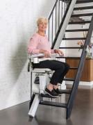 Monte escalier droit rail extra fin - Monte escalier ergonomique avec repose-pied automatique