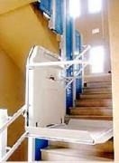 Monte handicapés incliné - Pour fauteuil roulant et rail courbe