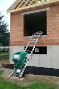 Monte matériaux charge 150 kg - Hauteur de travail maximale : 40 m - Charge utile 150 kg