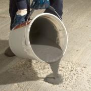 Mortier coulable béton froid - Idéal pour les fissures de 2 à 3 mm
