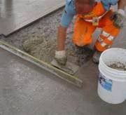 Mortier de réparation pour le béton froid