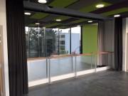 Mur de miroirs avec barres de ballet intégrées - Miroirs sécurisés pour la danse
