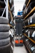 Nacelle manutention de pneumatiques - Capacité maximale de l'outil : 120 kg