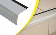 Nez bord de marche à angle droit - Matière : aluminium  - Longueur : 1,5 ou 3 m - Largeur du nez de marche : 60 mm