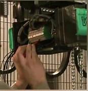 Palan electrique industriel - Capacité : jusqu'à 4 Tonnes