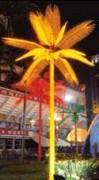 Palmiers lumineux à LEDs - Tronc en métal coiffé