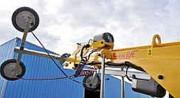 Palonnier à ventouses roues jumelées - Pouvant lever jusqu'à 608 kg.