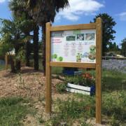 Panneau affichage avec toiture galbée - Hauteur : 2800 mm
