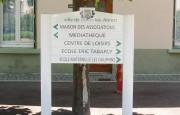 Panneau d'affichage bi-mât - Usage extérieur