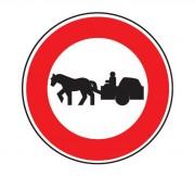 Panneau d'interdiction d'accès aux véhicules à traction animale B9c - Dimensions : de 450 à 1250 mm - Norme CE et NF - Type B