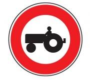 Panneau d'interdiction d'accès aux véhicules agricoles à moteur B9d - Dimensions : de 450 à 1250 mm - Norme CE et NF - Type B