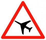 Panneau de traversée d'une aire de danger aérien A23 - Dimensions : de 500 à 1500 mm - Norme CE et NF - Type A
