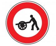 Panneau interdit au véhicule à bras B9e - Dimensions : de 450 à 1250 mm - Norme CE et NF - Type B