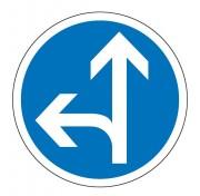 Panneau obligation aller tout droit ou à gauche B21d2