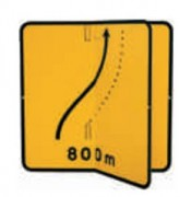 Panneau de signalisation temporaire de direction avec volet KD8. - Dimensions (mm) : de 700 à 1050 - Norme NF - Type KD