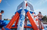 Parc aquatique gonflable PVC - Dimensions : L 25 m x l 20 m