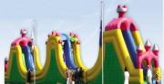Parcours d'obstacle gonflables style château