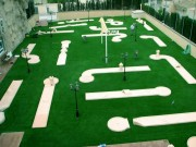 Parcours de minigolf 9 pistes - 9 pistes - longueur des pistes : 38 m