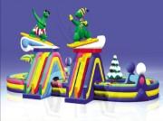 Parcours gonflables avec obstacles - Dimensions : longueur 21,50 m x largeur 11,00 m