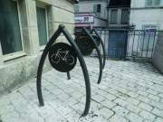 Parking pour vélos - Modèle : avec ou sans panneau de signalisation