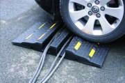 Passe câbles en caoutchouc - Passe-câbles pour véhicules -  8 bandes réfléchissantes